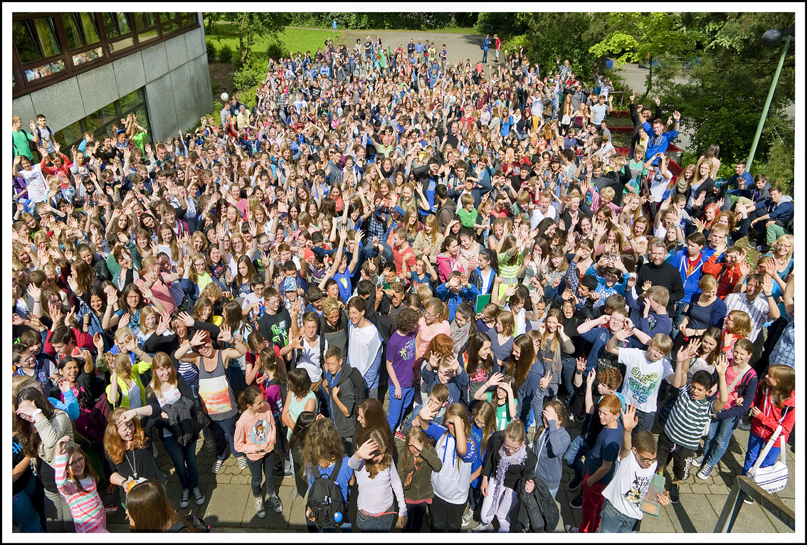 Über 1000 Schüler winken